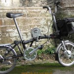 'Camel' Brompton boasts all-wheel drive.  Crank drive really helps on hills